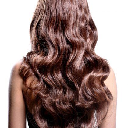 Lange Haare in bester Qualität – Haarverlängerung